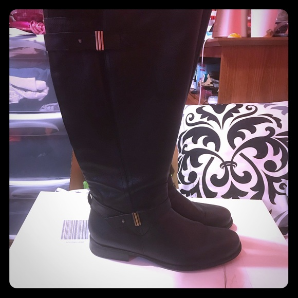 9fdd9b98d14 Naturalizer Joan wide calf boots. M 5b05c1443800c53a2c51c963